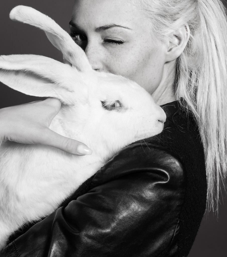 Nicole & Blume